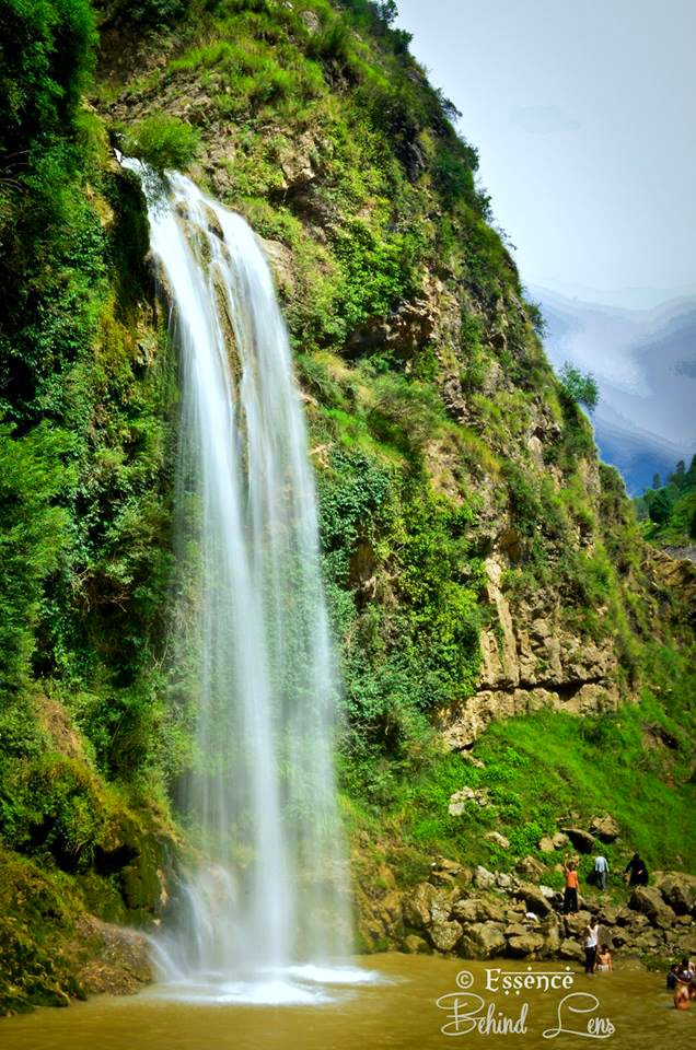 waterfalls , waterfalls in pakistan , waterfalls near havelian , havelian waterfalls , amazing havelian , waterfalls of havelian , havelian water shores,
