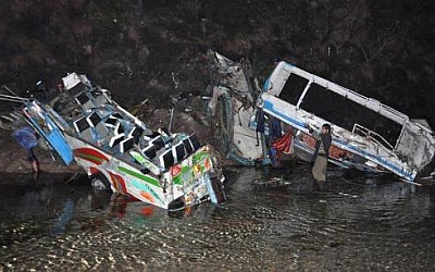 25 killed, over 45 injured as buses plunge into ravine in Muree