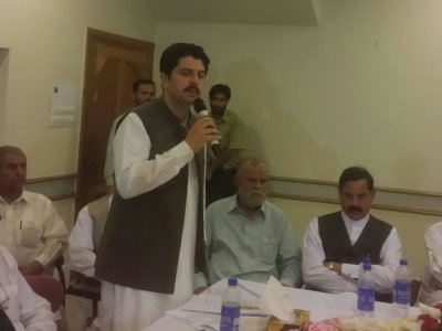 parvez, khattak, visited, abbottabad,, requested, solve, havelian, hospital, district, budget, issues, havelian.net, hazara news, kpk news, pti